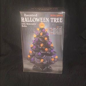 Haunted Halloween Tree w/removable bulbs
